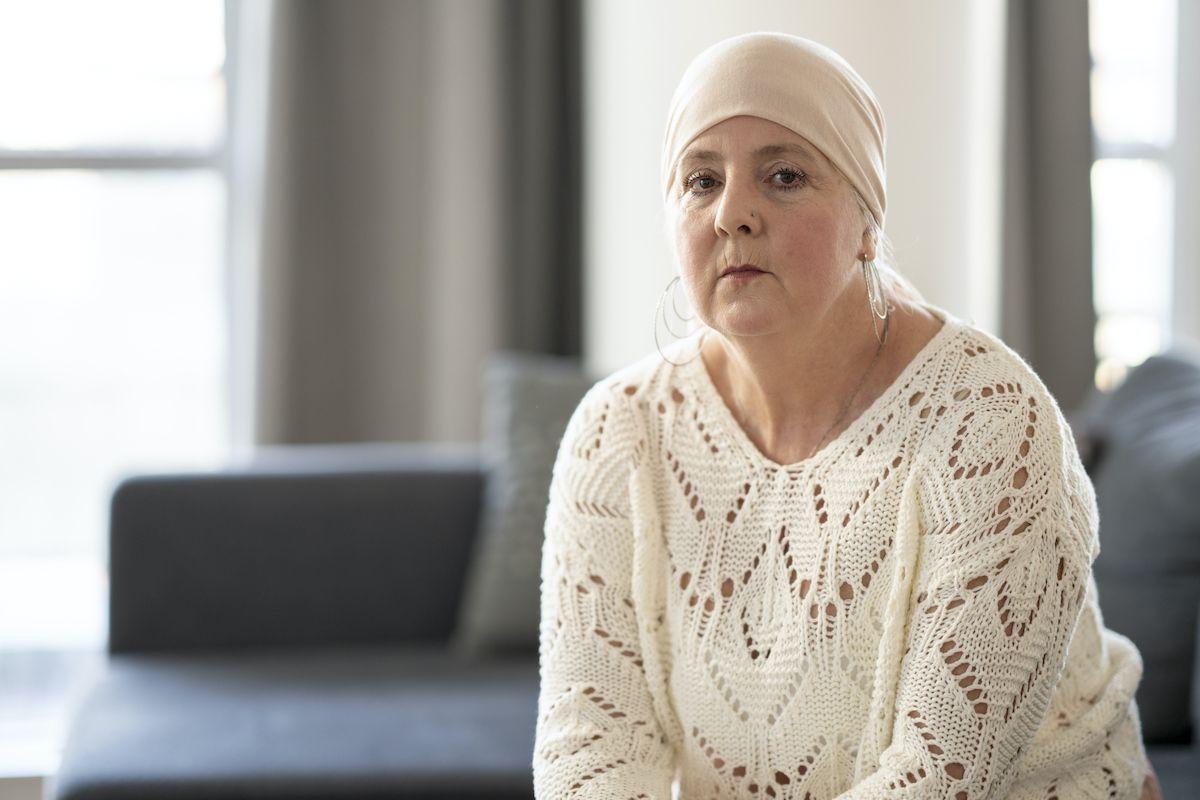 vrouw-hoofddoek-stichting-optimale-ondersteuning-bij-kanker